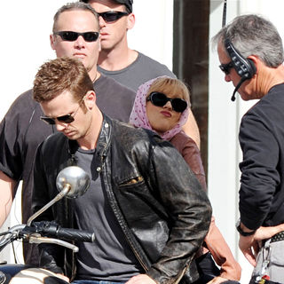 Christina Aguilera, Cam Gigandet in On the set of movie 'Burlesque'