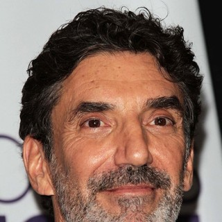 Chuck Lorre in People's Choice Awards 2013 - Press Room
