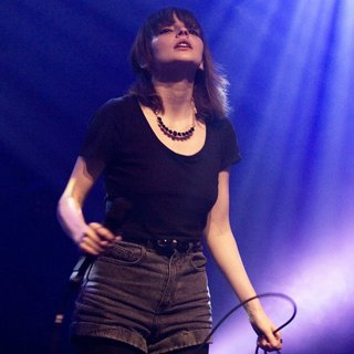 Chvrches Start Their UK Tour with A Headline Date