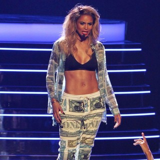 Ciara in The 2013 BET Awards - Inside