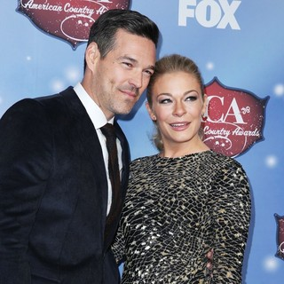 Eddie Cibrian Photos
