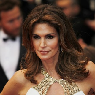 Cindy Crawford in Opening Ceremony of The 66th Cannes Film Festival - The Great Gatsby - Premiere - cindy-crawford-66th-cannes-film-festival-02
