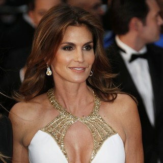 Cindy Crawford in Opening Ceremony of The 66th Cannes Film Festival - The Great Gatsby - Premiere - cindy-crawford-66th-cannes-film-festival-03