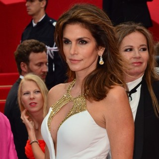 Cindy Crawford in Opening Ceremony of The 66th Cannes Film Festival - The Great Gatsby - Premiere - cindy-crawford-66th-cannes-film-festival-04