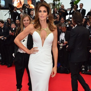 Cindy Crawford in Opening Ceremony of The 66th Cannes Film Festival - The Great Gatsby - Premiere - cindy-crawford-66th-cannes-film-festival-08