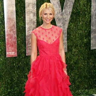 Claire Danes in 2012 Vanity Fair Oscar Party - Arrivals