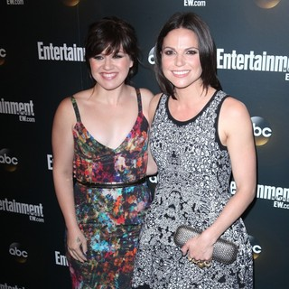 Kelly Clarkson, Lana Parrilla in Entertainment Weekly and ABC TV Celebrate The New York Upfronts with A VIP Cocktail Party - Arrivals
