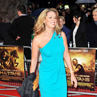 Claire Sweeney in 'Clash of the Titans' UK Film Premiere - Arrivals