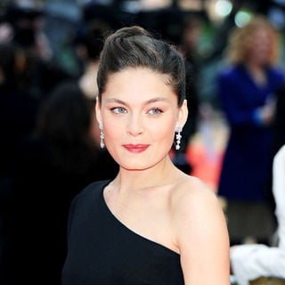 Alexa Davalos in 'Clash of the Titans' UK Film Premiere - Arrivals - clash_of_the_titans_036_wenn5452033