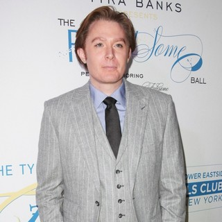 Clay Aiken in The Flawsome Ball for The Tyra Banks TZONE - clay-aiken-flawsome-ball-02