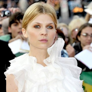 Clemence Poesy in Harry Potter and the Deathly Hallows Part II World Film Premiere - Arrivals