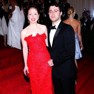 Chelsea Clinton, Marc Mezvinsky in Schiaparelli and Prada Impossible Conversations Costume Institute Gala