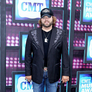 Randy Houser in 2010 CMT Music Awards Blue Carpet Arrivals