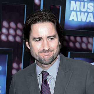 Luke Wilson in 2010 CMT Music Awards Blue Carpet Arrivals