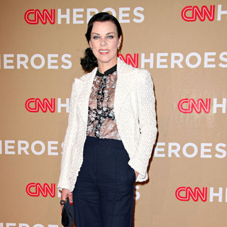 Debi Mazar in 2010 CNN Heroes: An All-Star Tribute - Arrivals - cnn_heroes_tribute_arrivals_115_wenn3108854