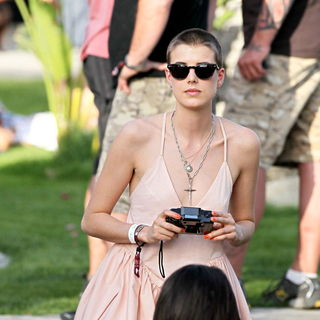 Agyness Deyn in The 2010 Coachella Valley Music and Arts Festival - Day 1