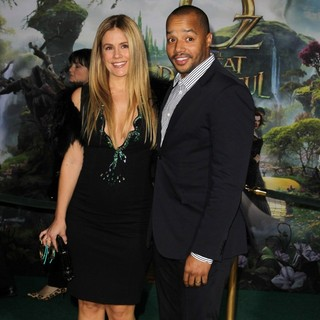 CaCee Cobb, Donald Faison in Oz: The Great and Powerful - Los Angeles Premiere - Arrivals