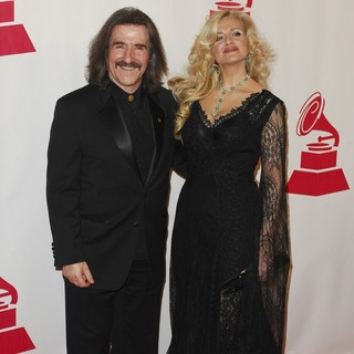 Luis Cobos, Patricia Cobos in 2011 Latin Recording Academy Person of The Year Tribute to Shakira