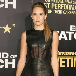 Cody Horn in Los Angeles Premiere of End of Watch - cody-horn-premiere-end-of-watch-03