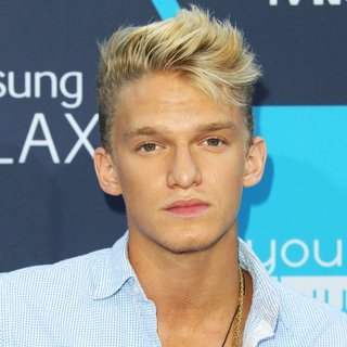 Cody Simpson in The 16th Annual Young Hollywood Awards - Arrivals