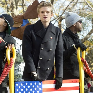 Cody Simpson in 86th Annual Macy's Thanksgiving Day Parade