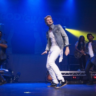 Cody Simpson in Cody Simpson Performing on The First Day of His Paradise Tour