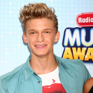 Cody Simpson in Radio Disney Music Awards 2013
