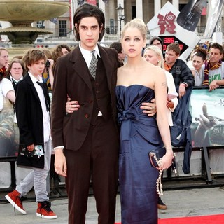 Thomas Cohen, Peaches Geldof in Harry Potter and the Deathly Hallows Part II World Film Premiere - Arrivals