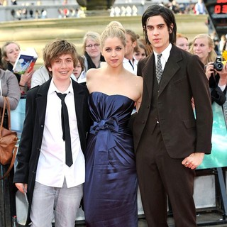 Peaches Geldof, Thomas Cohen in Harry Potter and the Deathly Hallows Part II World Film Premiere - Arrivals