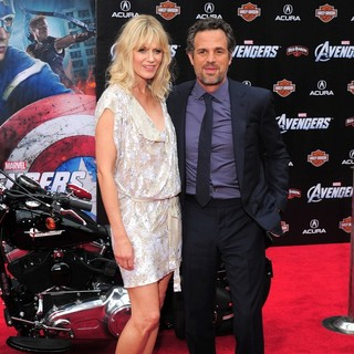 Sunrise Coigney, Mark Ruffalo in World Premiere of The Avengers - Arrivals