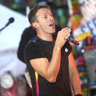 Chris Martin - Coldplay Perform on NBC's Today Show