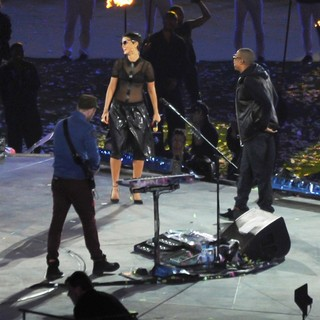 Coldplay, Rihanna, Jay-Z in Closing Ceremony for The Paralympics 2012