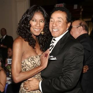 Natalie Cole, Smokey Robinson in The Angel Ball 2012