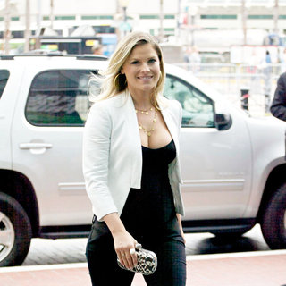Ali Larter in Out and About at Comic-Con 2010 - Day 3