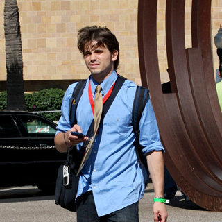 Jason Ritter in Out and About at Comic-Con 2010 - Day 4
