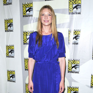 Anna Torv in Comic-Con 2010 - Day 3 - 'Fringe' Press Conference
