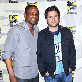 James Roday in Comic Con 2010 - Day 1 - 'Psych' Photocall - comic_con_psych_02_wenn2934794