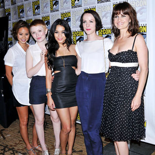 Carla Gugino, Emily Browning, Vanessa Hudgens, Jena Malone, Jamie Chung in Comic-Con 2010 - Day 3 - 'Sucker Punch' Press Conference