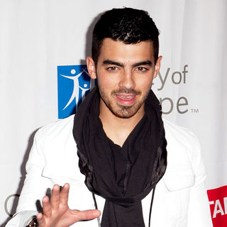 Joe Jonas, Jonas Brothers in 2011 Concert of Hope