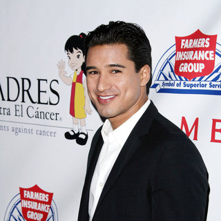 Mario Lopez in Padres Contra El Cancer's 25th Anniversary Gala - Arrivals