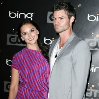 Rachael Leigh Cook, Daniel Gillies in The CW's Premiere Party