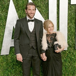 Bradley Cooper in 2013 Vanity Fair Oscar Party - Arrivals - cooper-campano-2013-vanity-fair-oscar-party-03