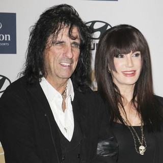 Alice Cooper in Clive Davis and The Recording Academy's 2013 Pre-Grammy Gala and Salute to Industry Icons - cooper-goddard-clive-davis-and-the-recording-academy-s-2013-pre-grammy-gala-01