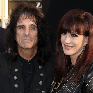 Alice Cooper, Sheryl Goddard in Dark Shadows Premiere