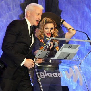 24th Annual GLAAD Media Awards - Madonna Presents The Vito Russo Award to Anderson Cooper