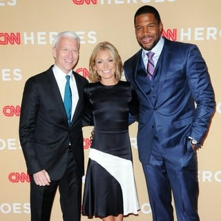Anderson Cooper, Kelly Ripa, Michael Strahan in 2013 CNN Heroes: An All Star Tribute - Red Carpet Arrivals