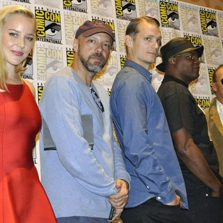 Abbie Cornish, Jose Padilha, Joel Kinnaman, Samuel L. Jackson, Michael Keaton in Comic-Con International 2013 -Robocop - Press Conference
