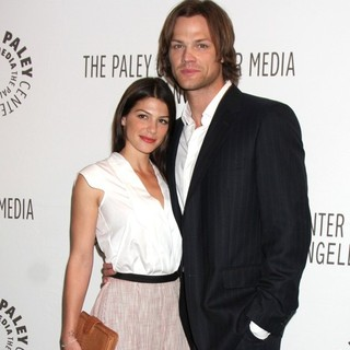 Genevieve Cortese, Jared Padalecki in The Supernatural PaleyFest 2011