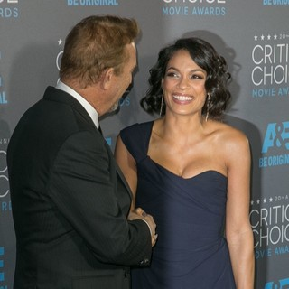 Kevin Costner, Rosario Dawson in 20th Annual Critics' Choice Movie Awards - Arrivals