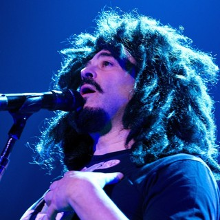 Counting Crows in Counting Crowes Perform Live - counting-crows-perform-live-01